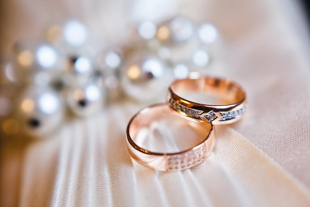 Wybieramy obrączki ślubne – kilka porad